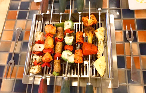 Absolute BBQ USA | Best Barbecue Naperville | Restaurant | Table Top | Grill | Indian |